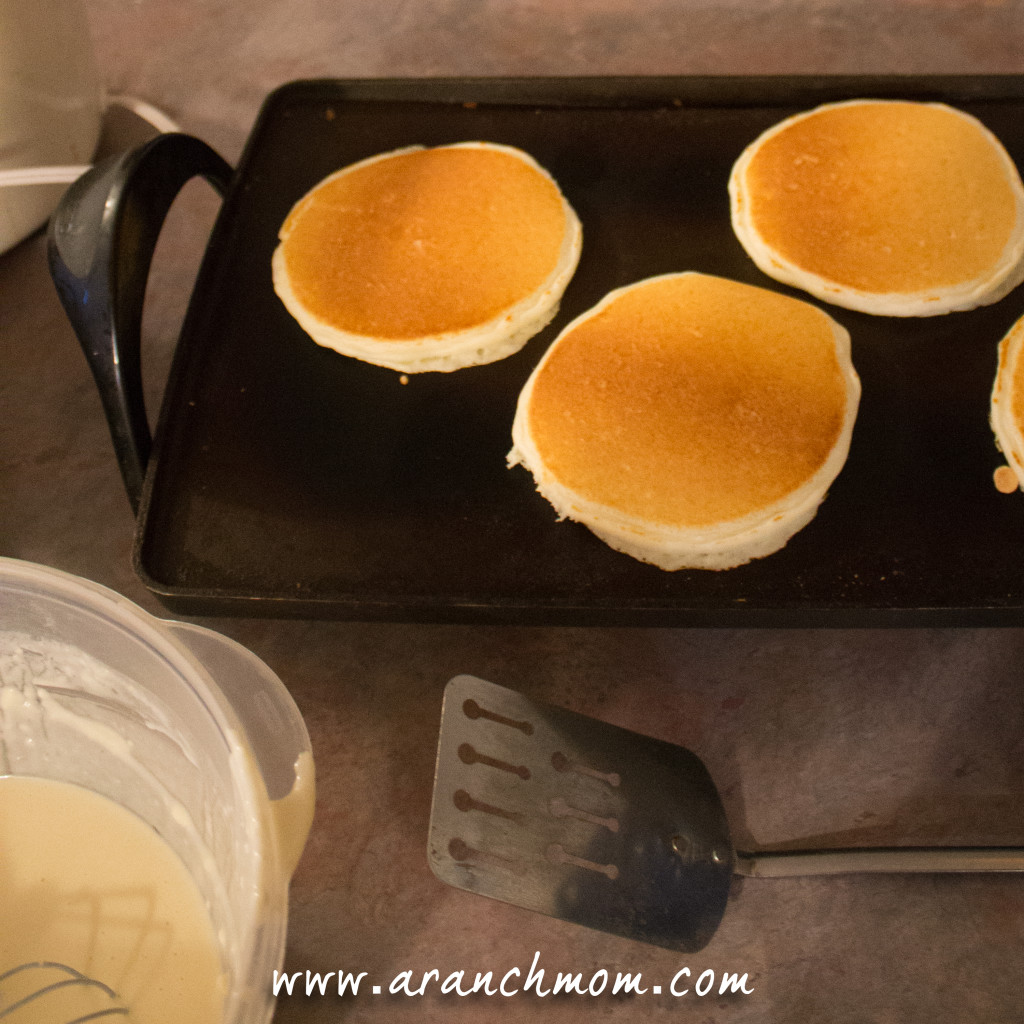 How to make pancakes, easy recipe