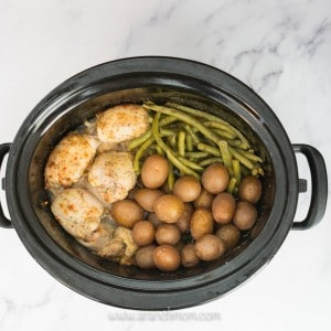Easy chicken crockpot meal