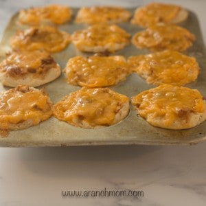muffin tin with bbq chicken cups