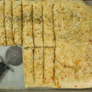 sliced cheesy breadsticks