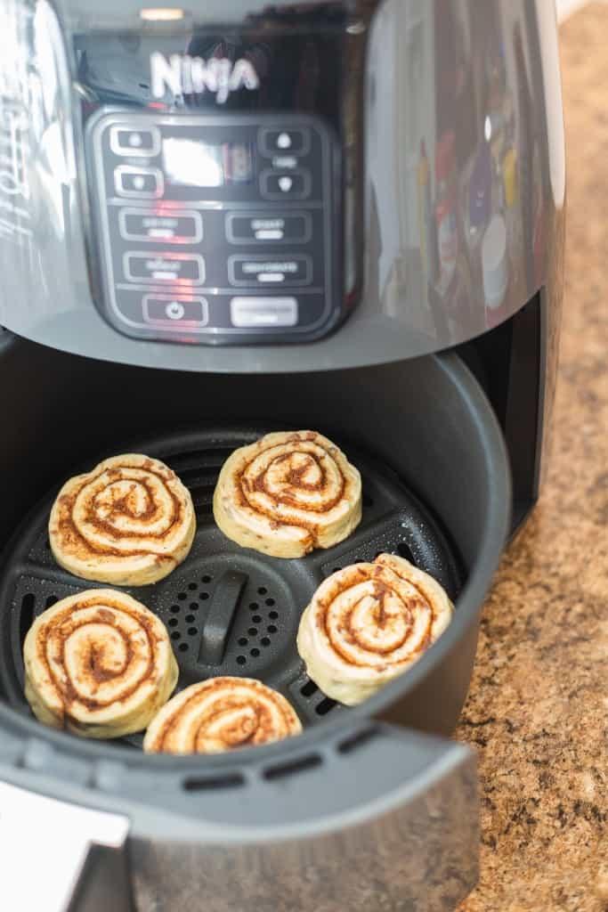 raw cinnamon rolls in air fryer