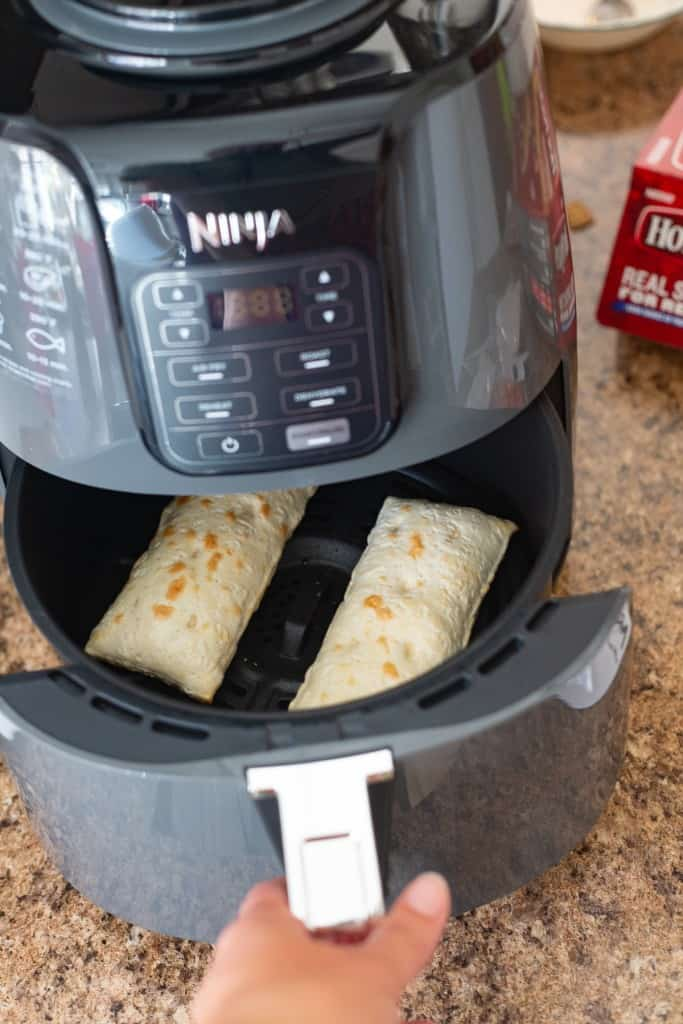 frozen hot pockets in air fryer